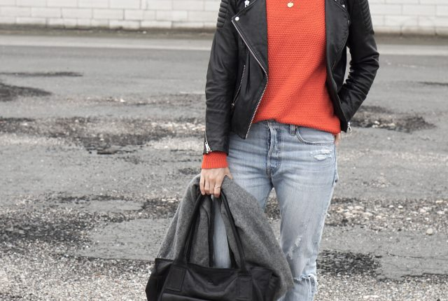 Style: that red jumper.
