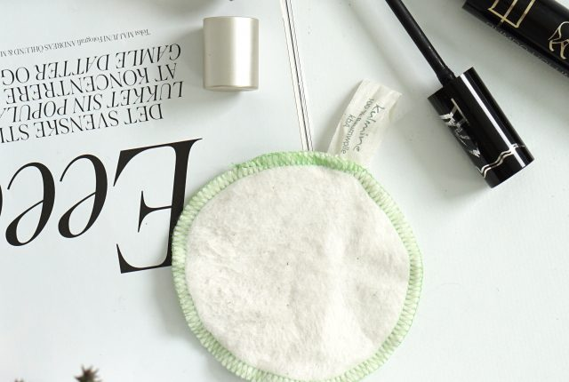 Minimalist & eco-friendly beauty essentials.