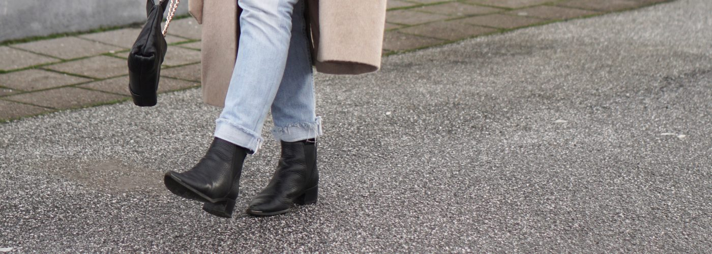 6 ways to wear: the black ankle boot.