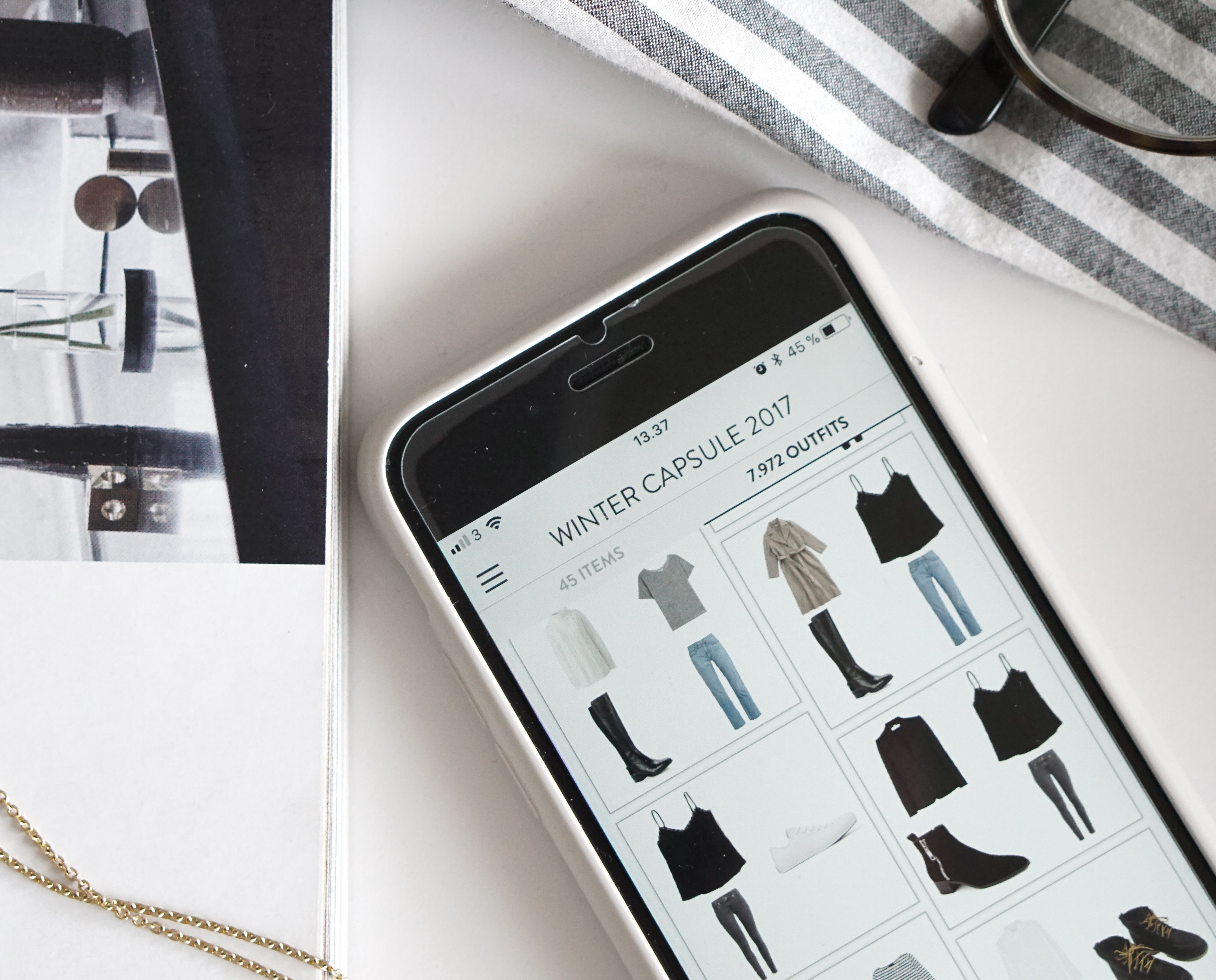 3 apps to help you organize your wardrobe (and lower your