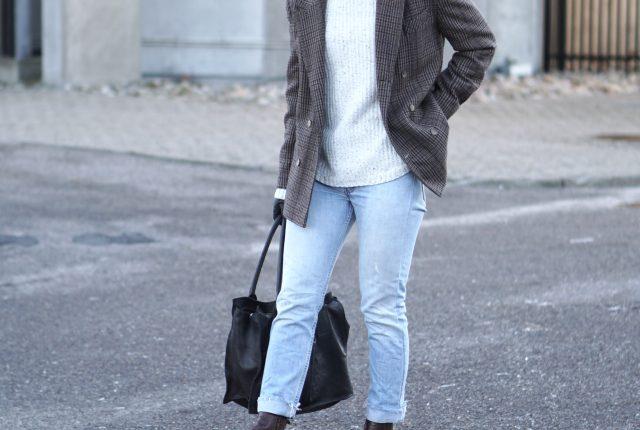 6 ways to wear: the plaid blazer.