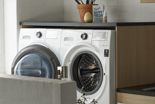 My updated, eco-friendly laundry routine (and why we should all change our laundry game)